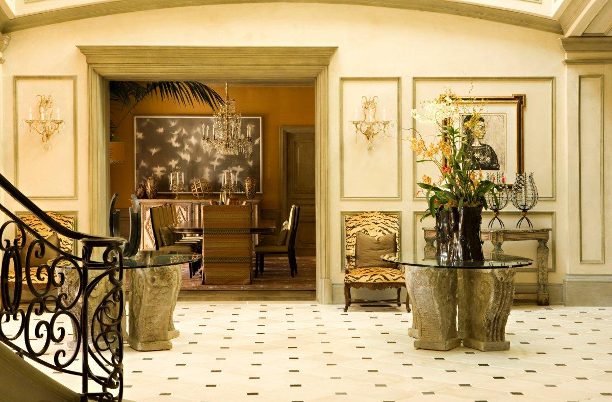 Foyer Decor Qatar : Grand entrances designer foyers dk decor