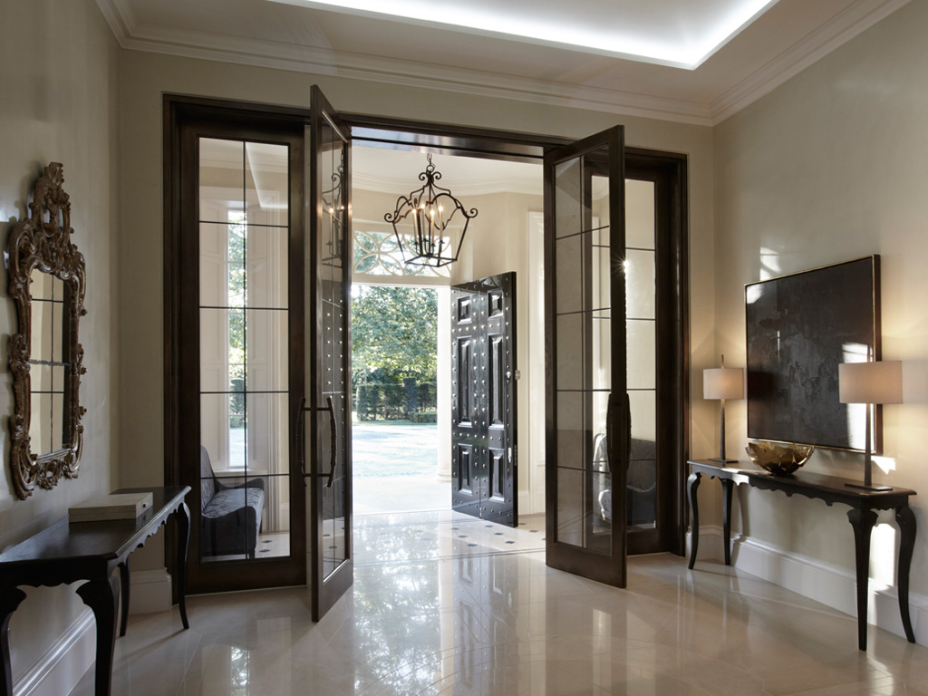 Grand entrances 15 designer foyers dk decor for Entrance door design for flats