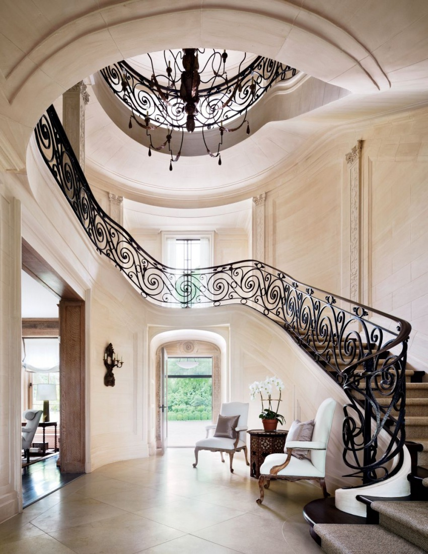 Landmark hamptons estate villa maria dk decor for Mansion foyer designs