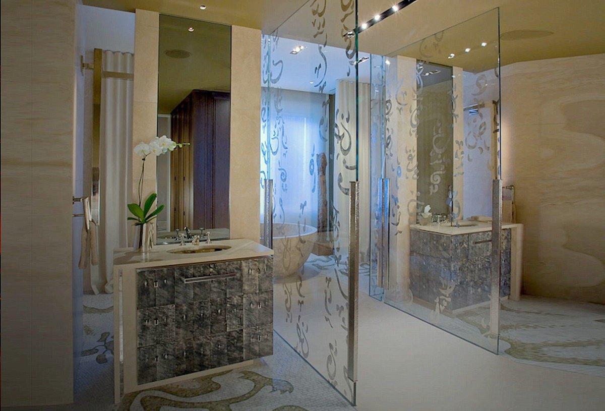 Ambassador 39 s mansion contemporary international dk decor for Master bathroom mansion