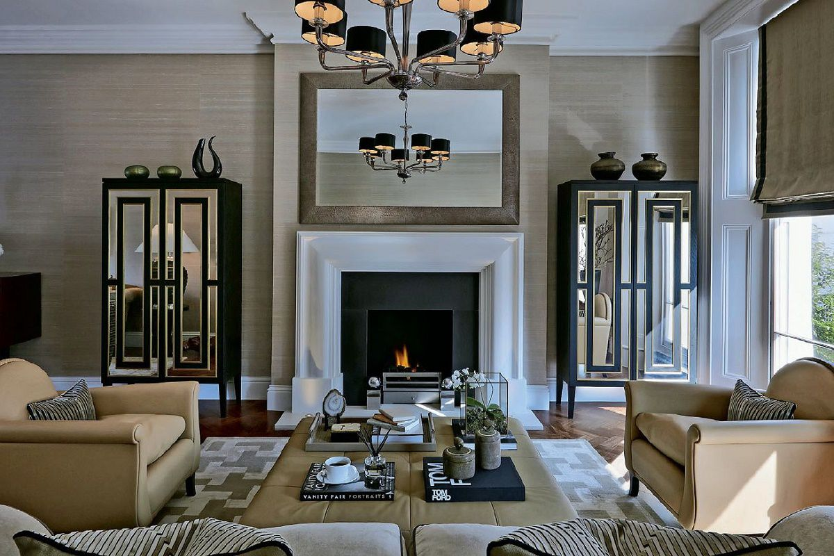 Sophie-paterson-chelsea-townhouse-living-centered