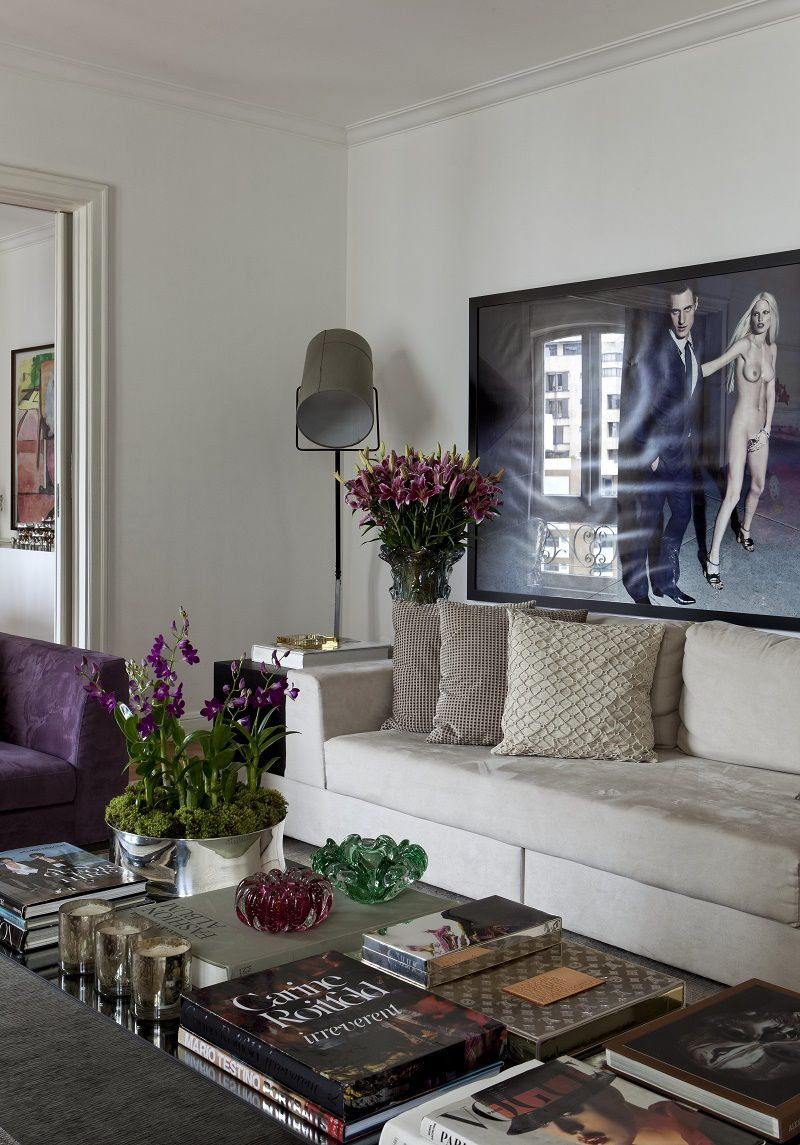 diego revollo fashion stylist apartment living detail 3