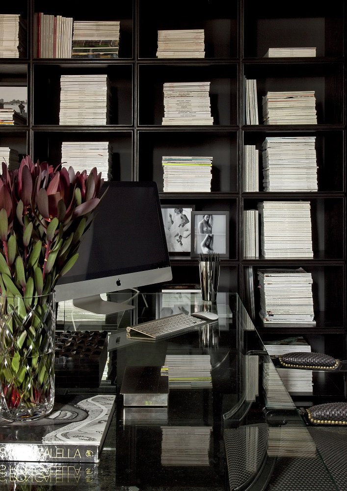 diego-revollo-stylist-apartment-office-bookcase-2