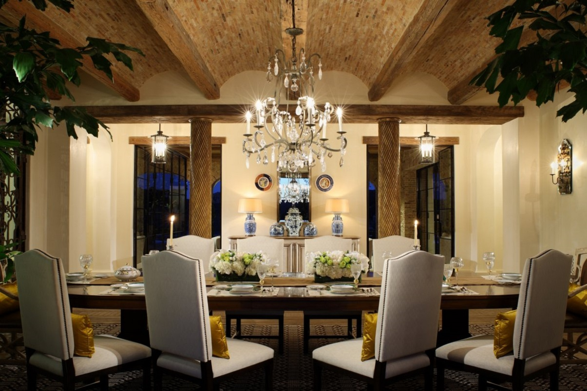 20 outstanding designer dining rooms dk decor for Accents decoration