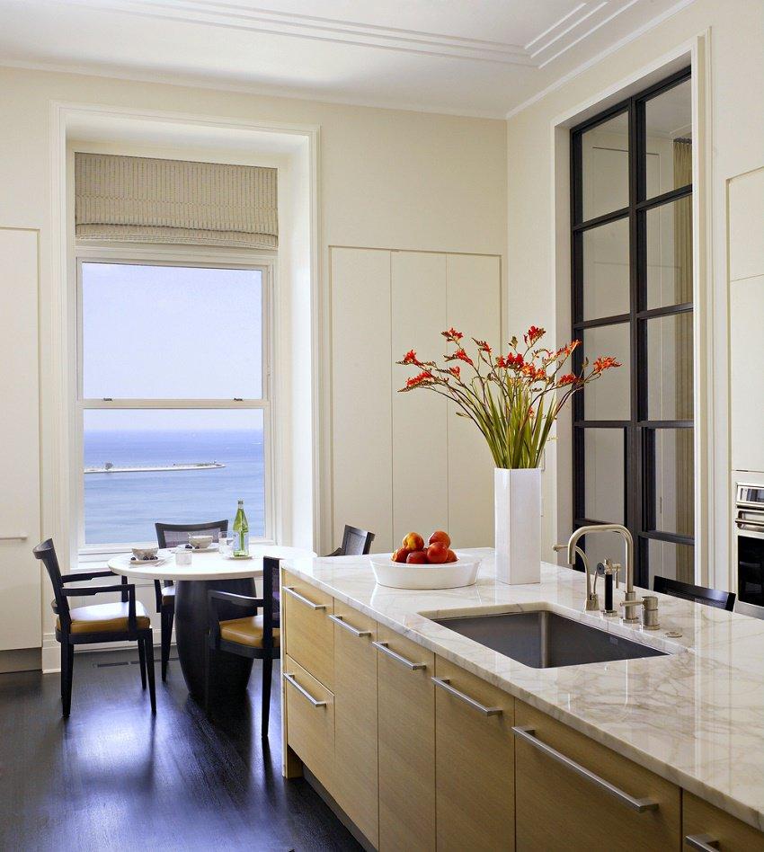 Kadlec Modern Deco breakfast area