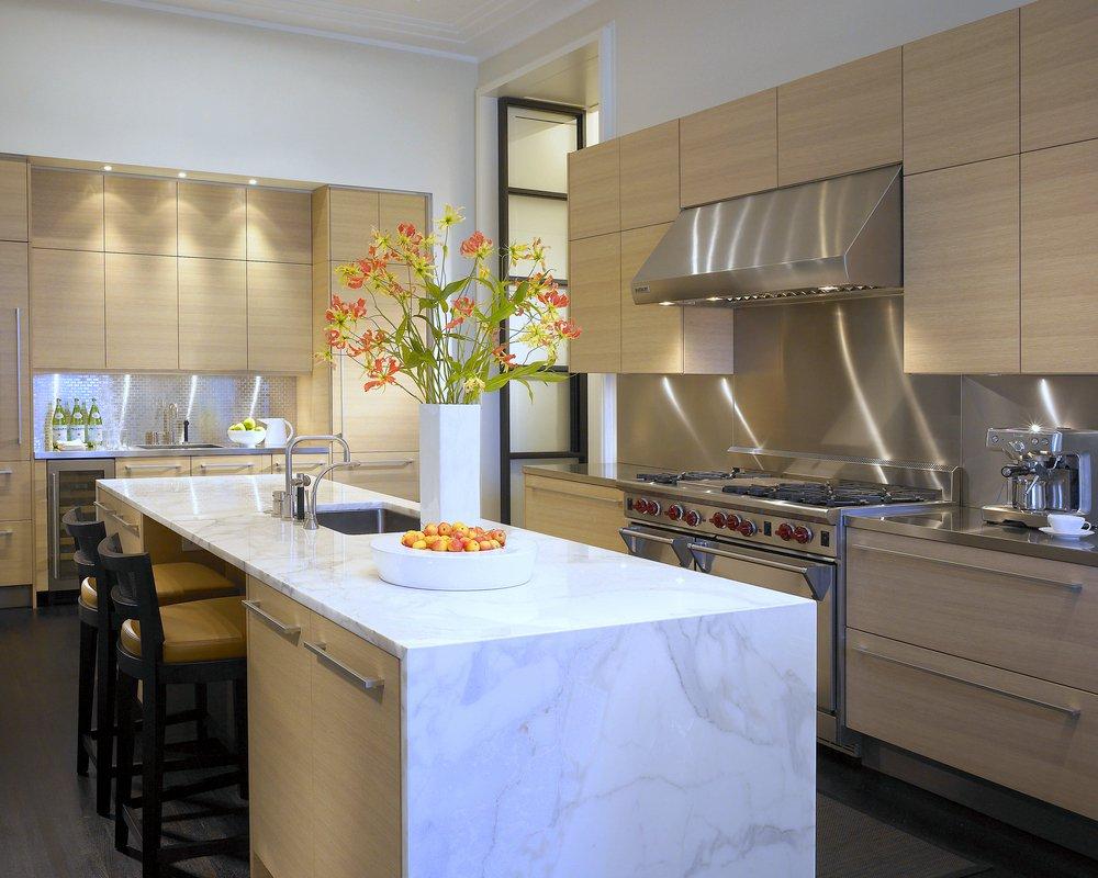 Kadlec Modern Deco kitchen