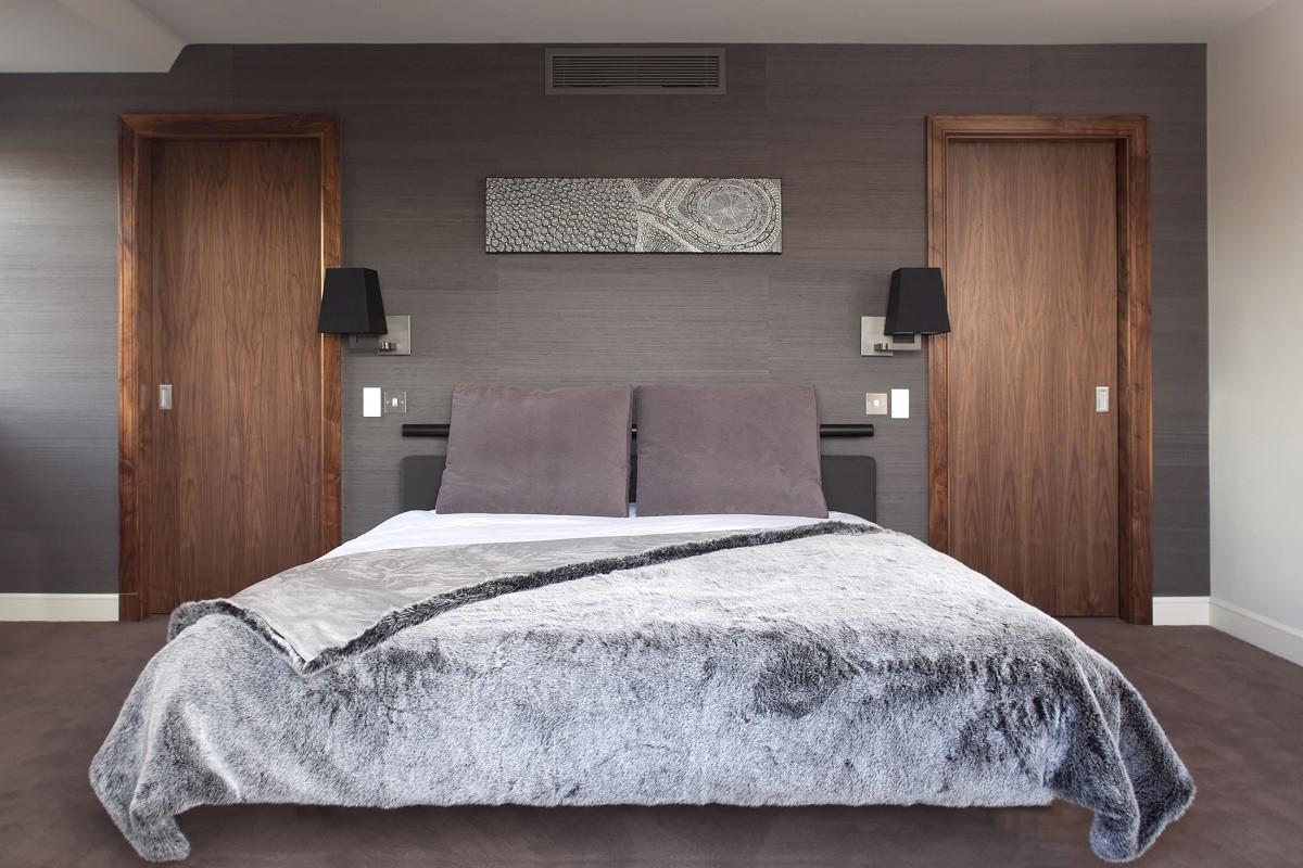 staffan-tollgard-kensington-bedroom-1-full-view