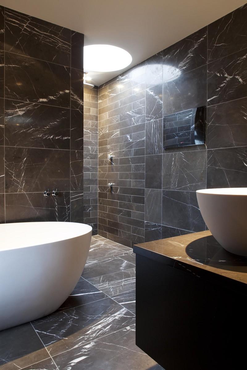staffan-tollgard-kensington-master-bathroom