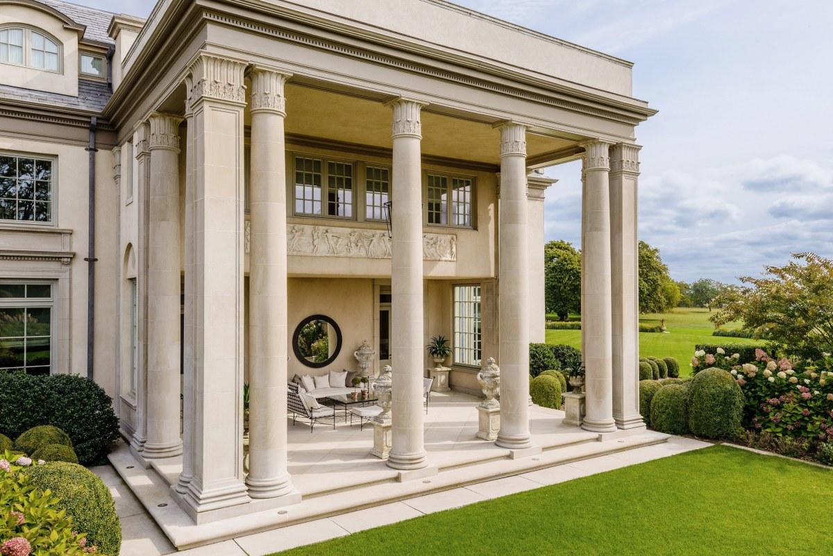 Villa maria west portico