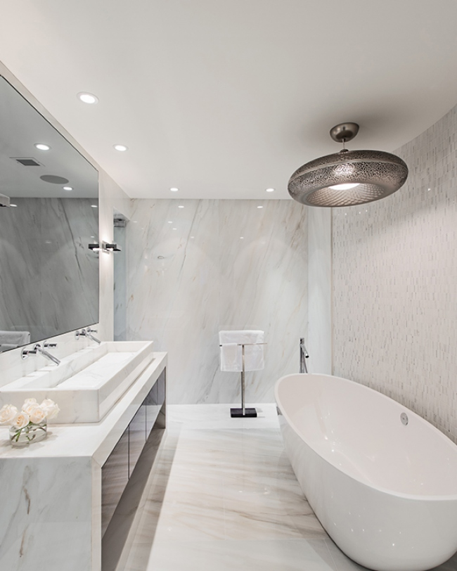 golden-mile-master-bathroom-18