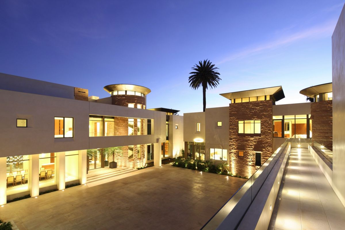 Contemporary hillside luxury estate bel air dk decor for Mansion designer