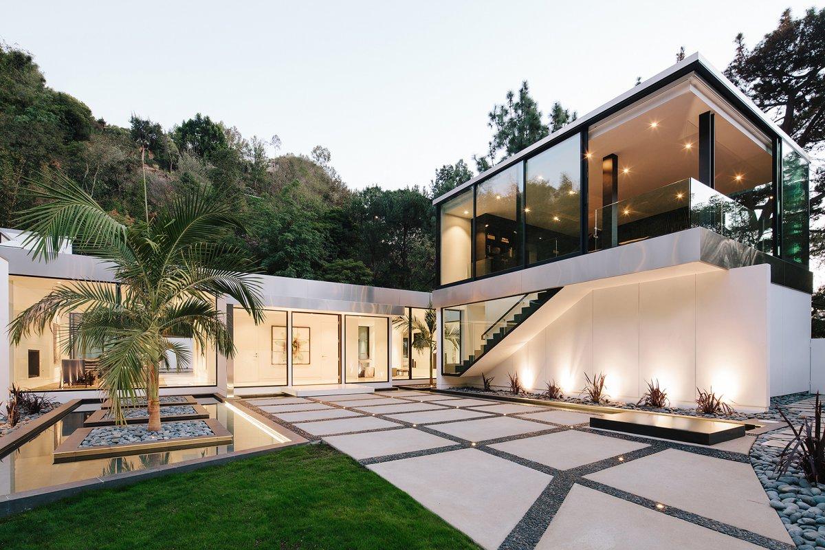 Modern la residence with minimalist interior design dk decor for Modern residences