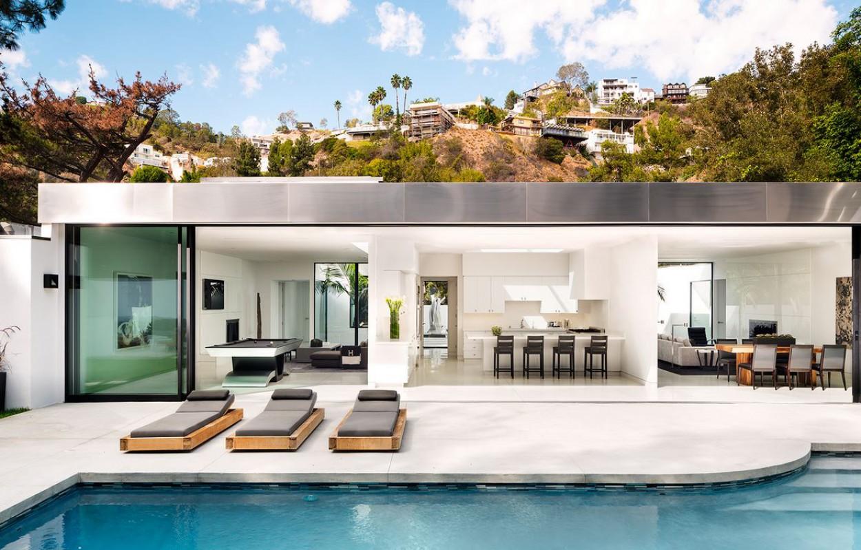 modern-LA-residence-patio-1