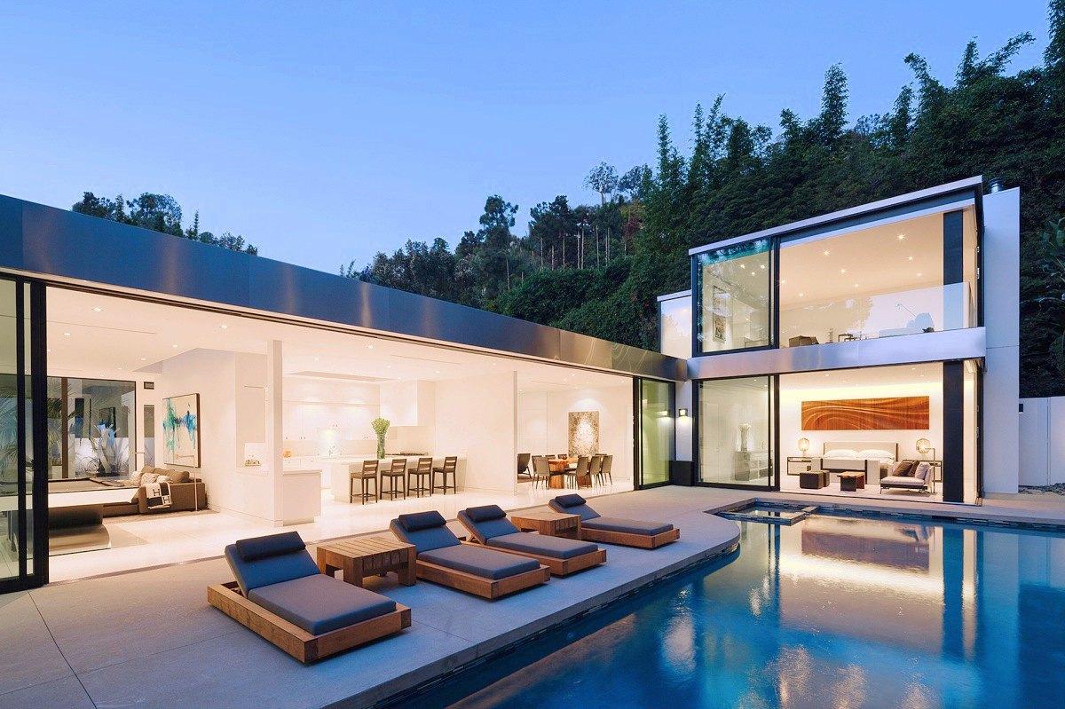 modern-LA-residence-patio-3