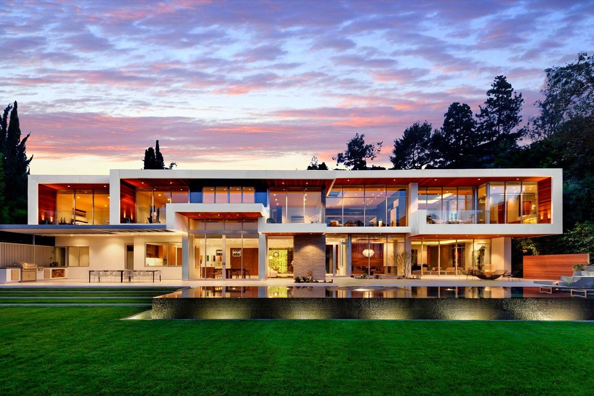 california modern design on sunset plaza - California Home Designs