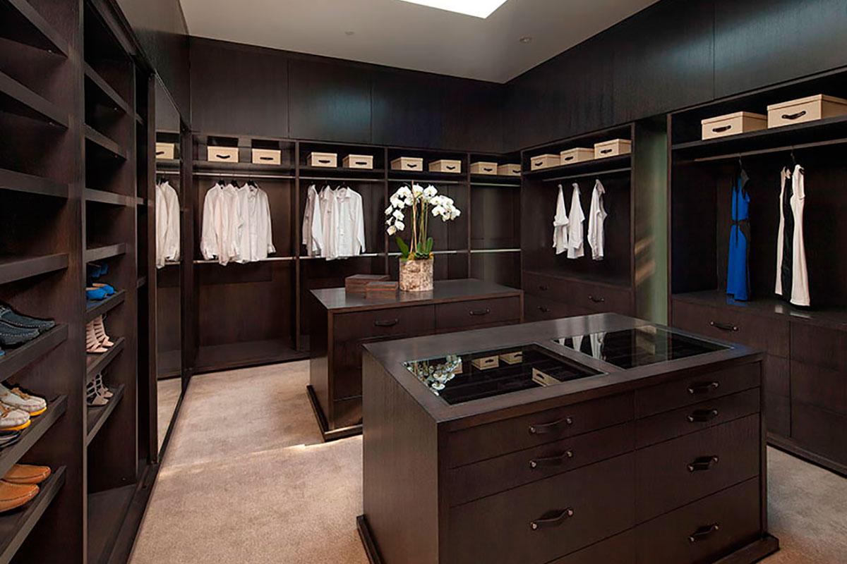 sunset-plaza-master-wardrobe-closet