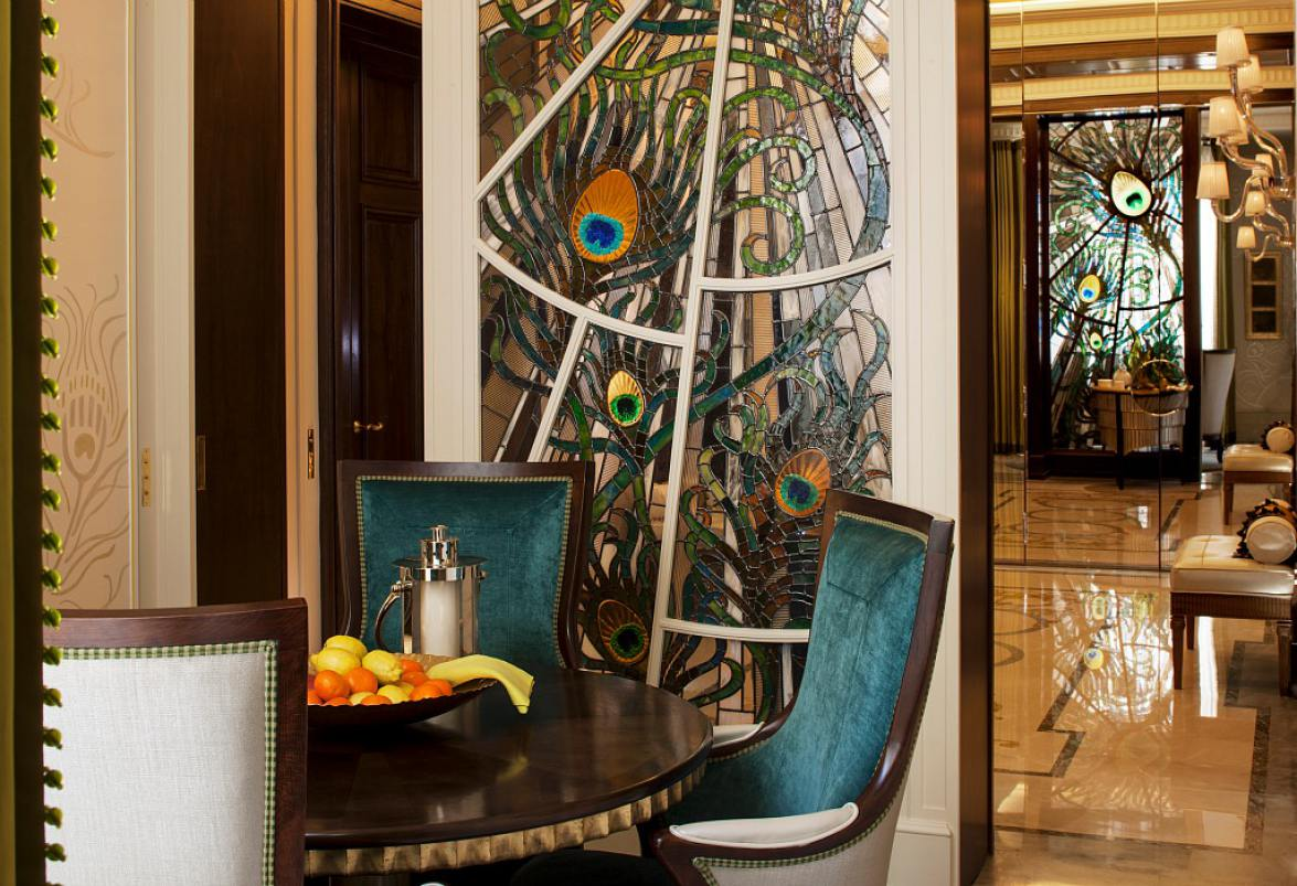Louis-henri-paris-breakfast-room-detail