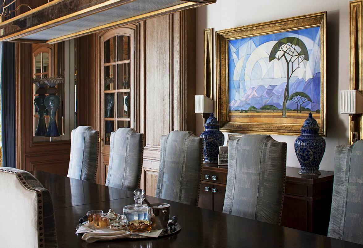 Louis-henri-paris-dining-room-detail-001