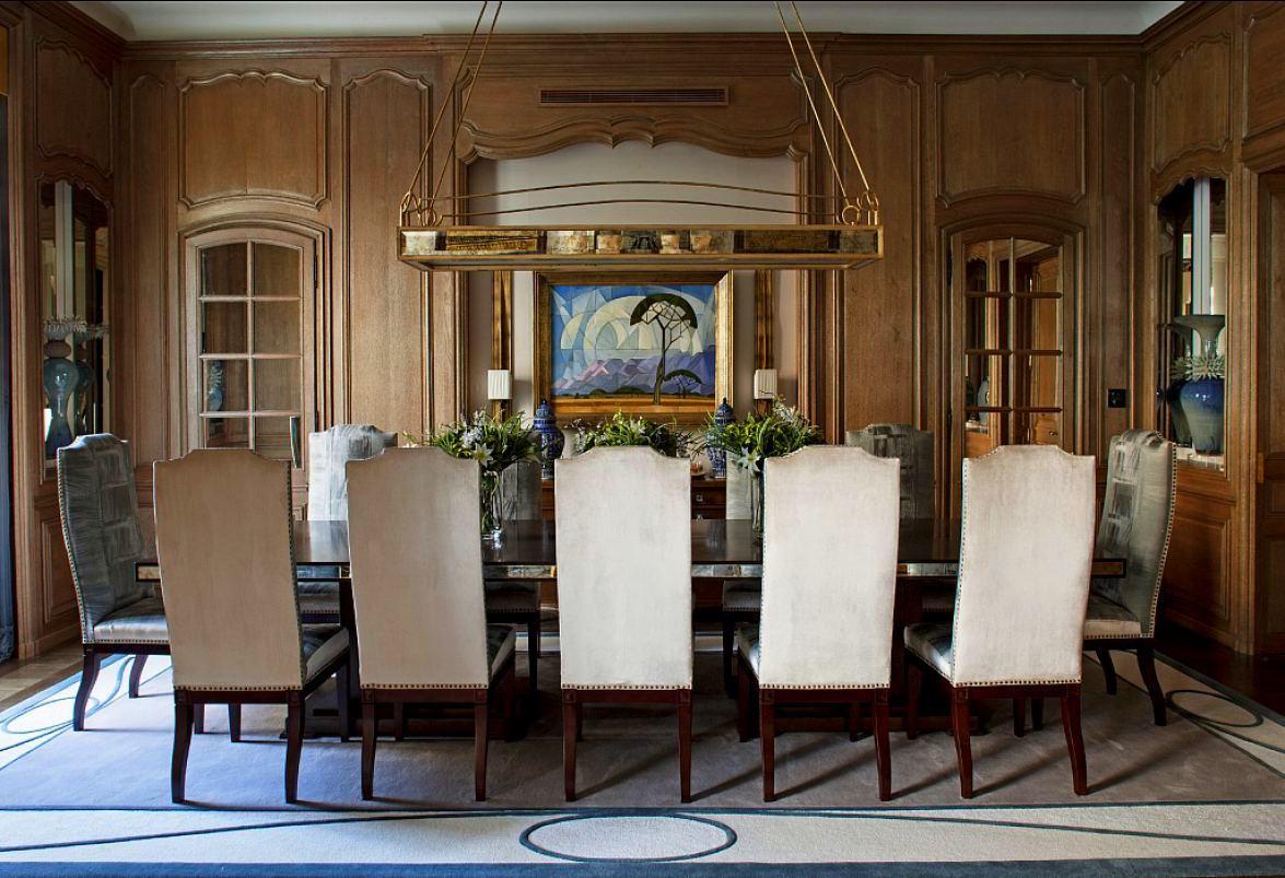 Louis-henri-paris-dining-room-full-001