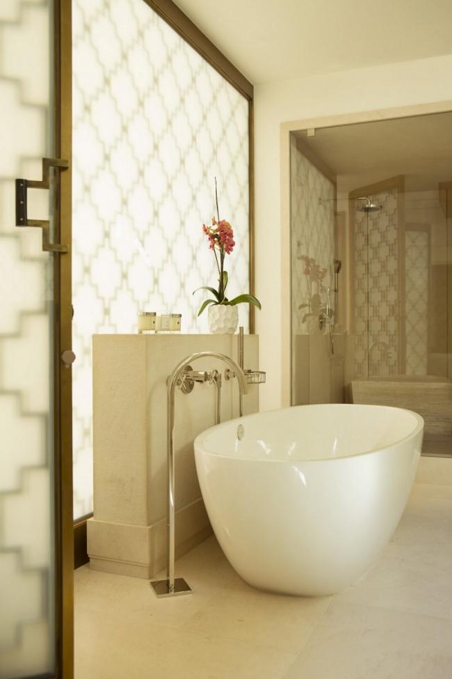 bev-hills-renovation-master-bathroom-tub