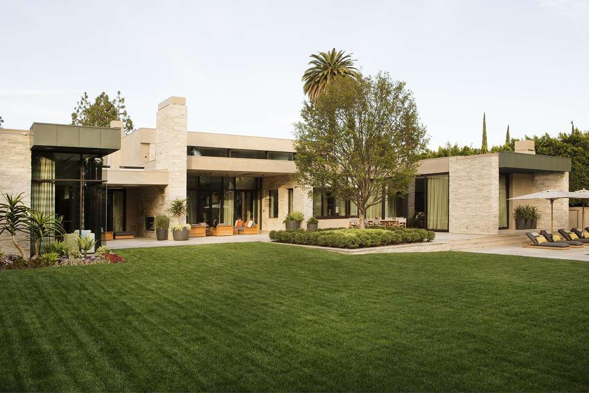 bev-hills-renovation-rear-exterior