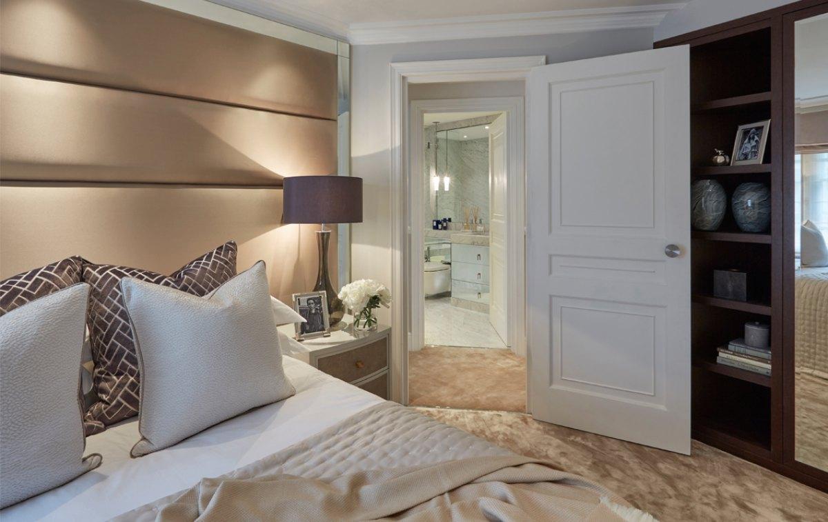 London Townhouse Bedroom 3