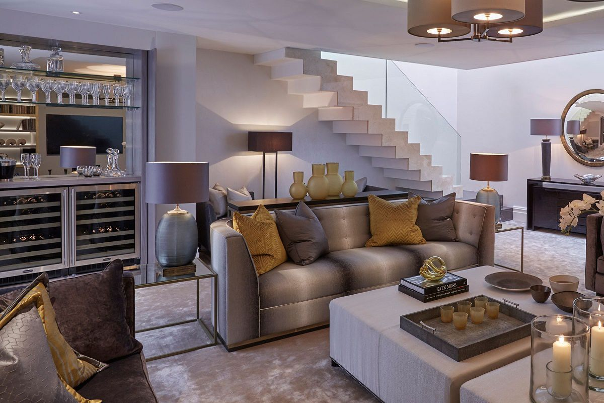 london-townhouse-family-room-back