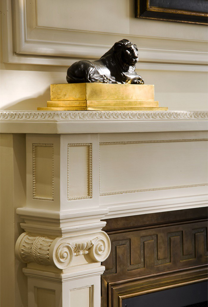 fifth-avenue-fireplace-detail