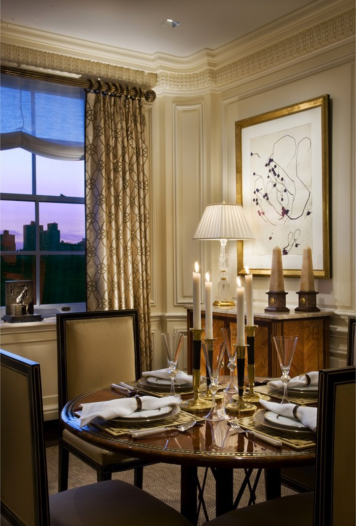 fifth-avenue-living-room-dining-table
