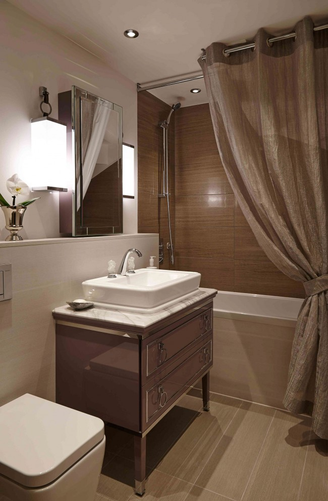 spaces-point-west-guest-bathroom-1