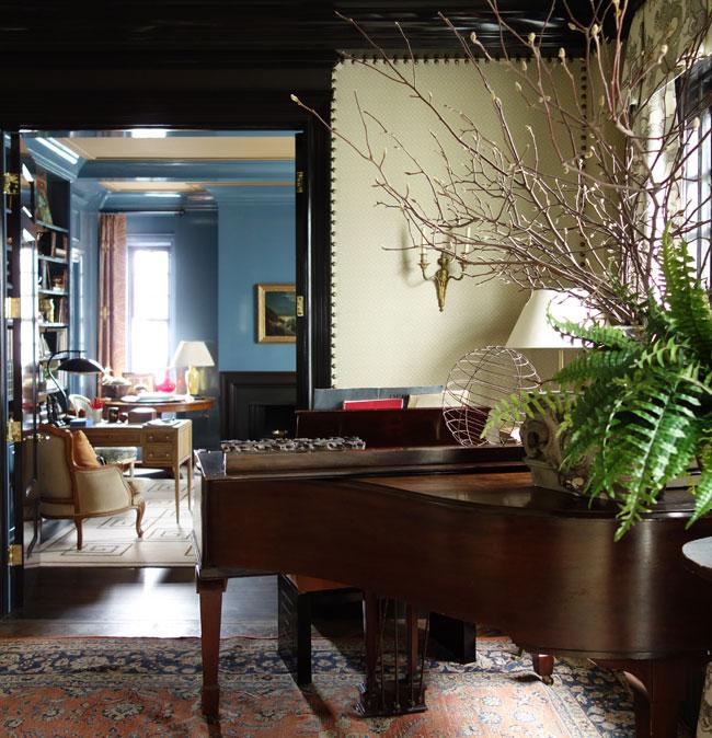 kedigian-dining-piano