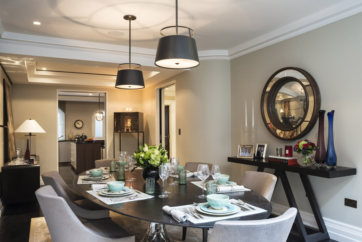 knightsbridge townhouse family dining room