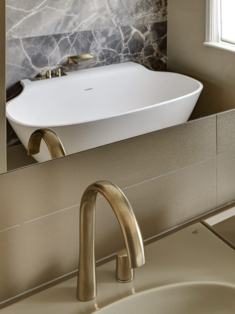 tollgard-LennoxGdns-master-bathroom