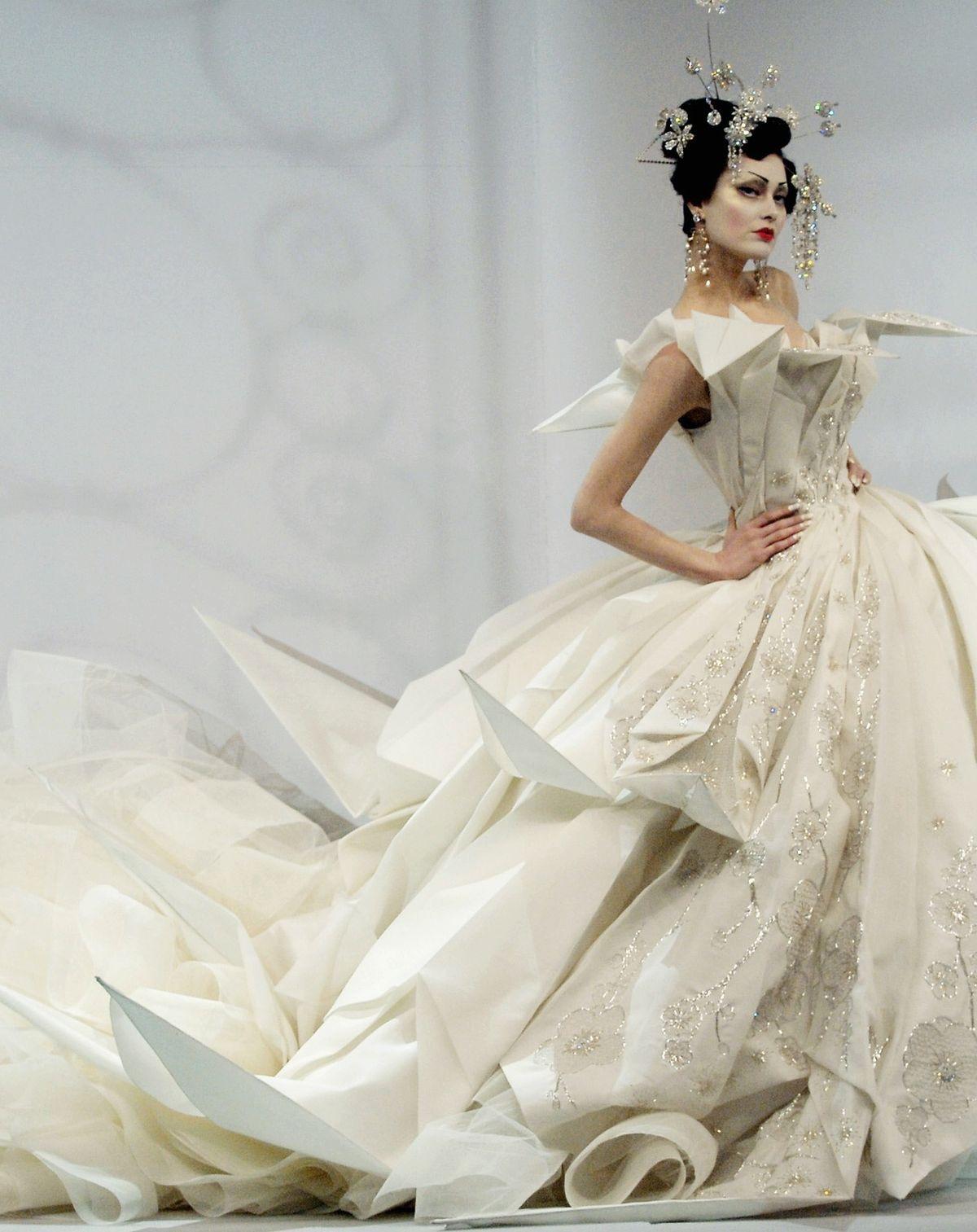 white-Dior-Galliano