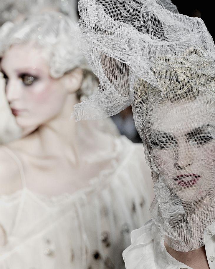 white-fashion-john-galliano
