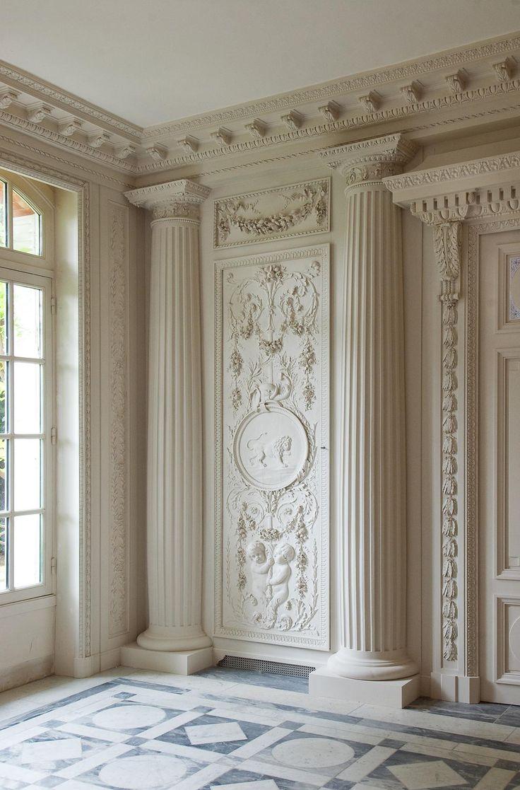 white-grand Louis XVI