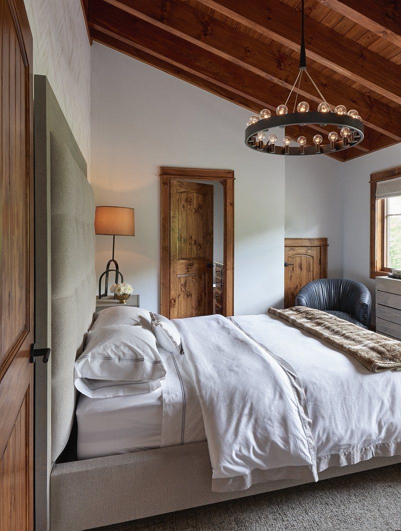 BC-Firethorn-guestroom-3