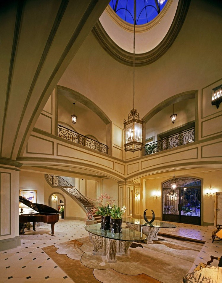 Beverly Park chateau foyer