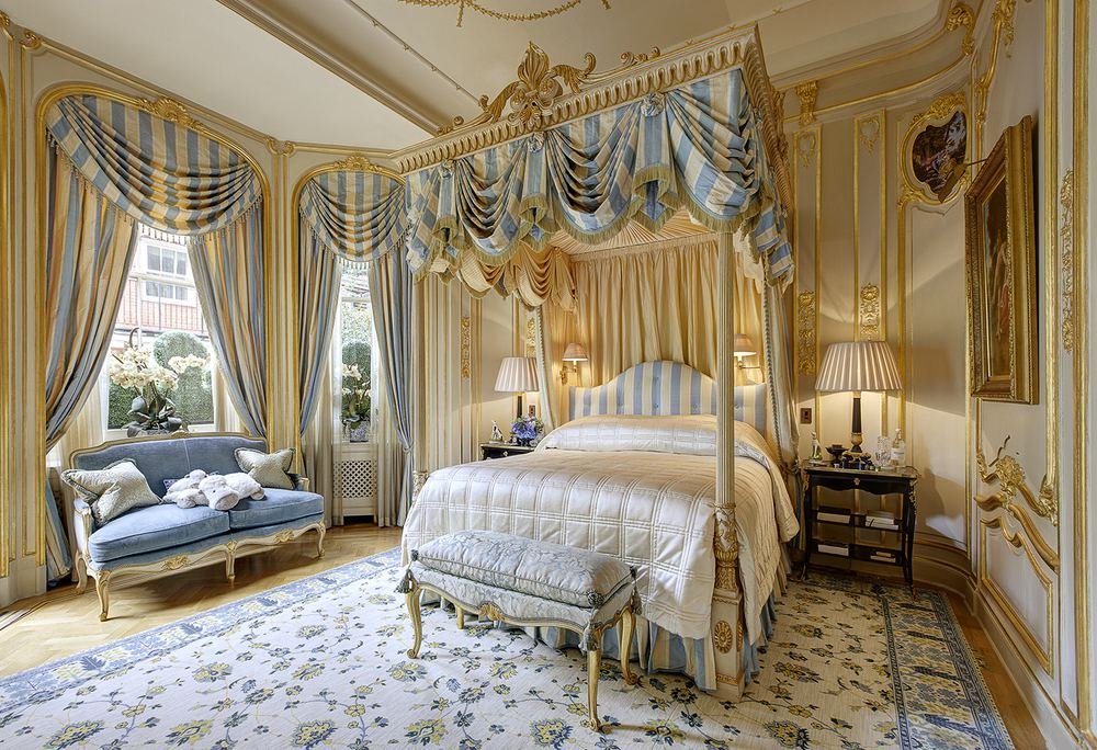 Bedroom Drama Canopy Bed Designs Dk Decor - Clive christian bedroom furniture
