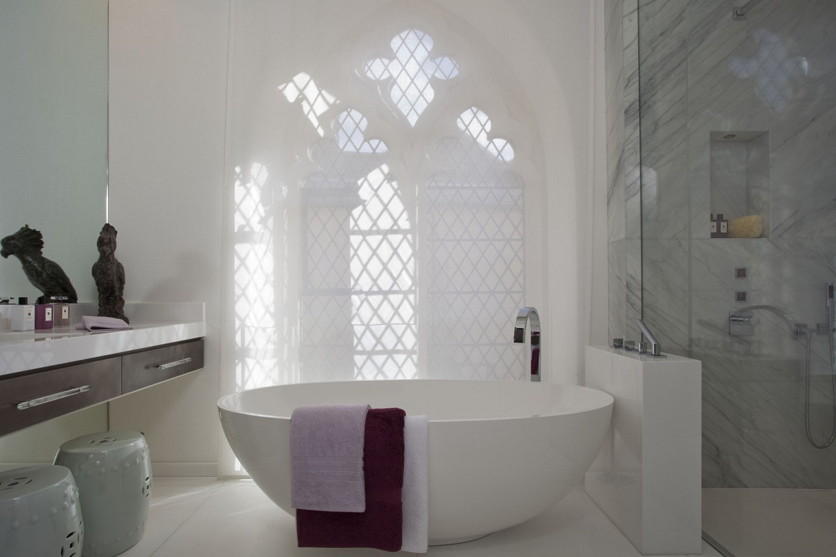 St Saviours-guest bedroom bath