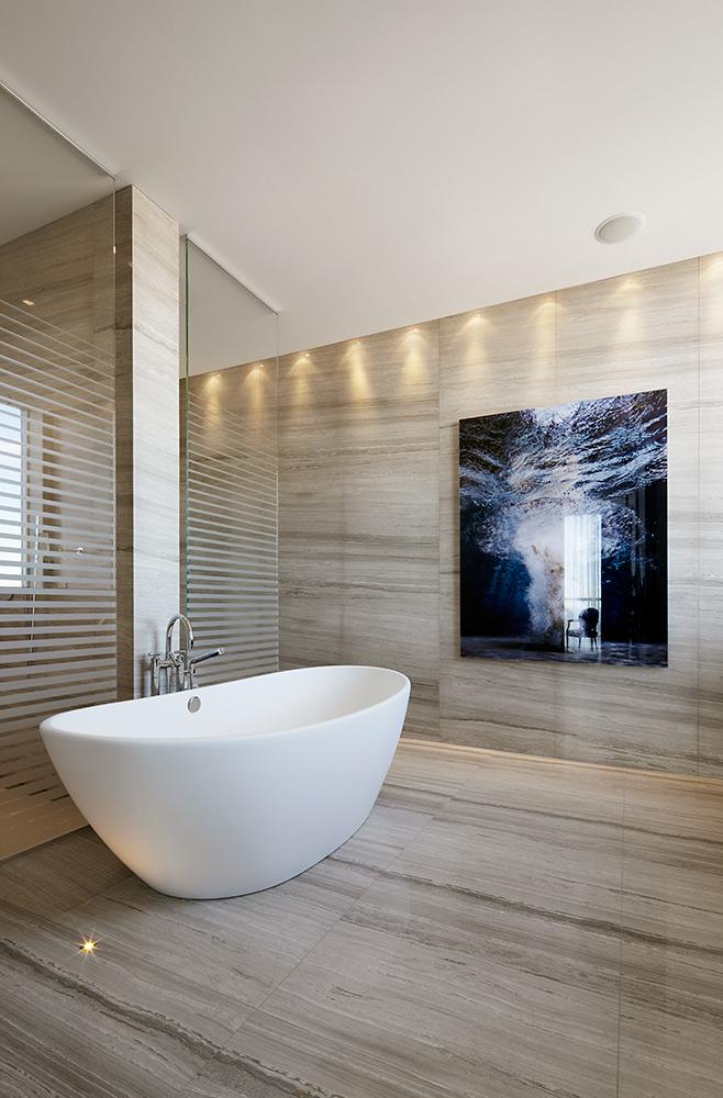 Studio-Munge-Esplanade-master-bath-tub