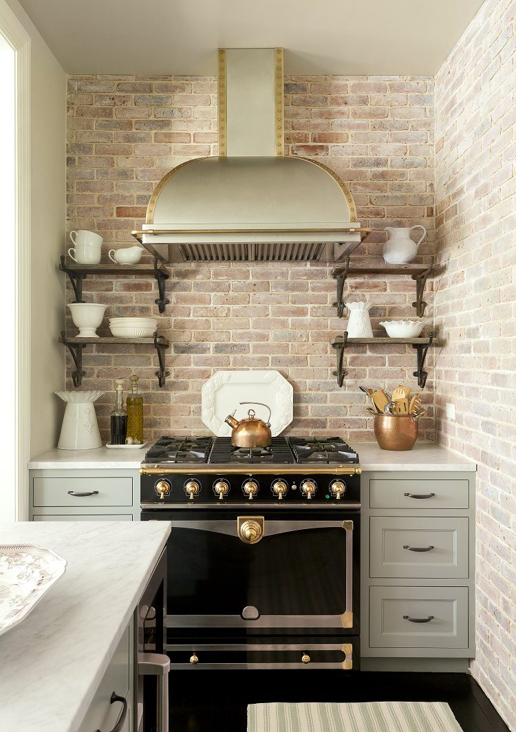 Jenny Wolf Mercantile residence kitchen oven