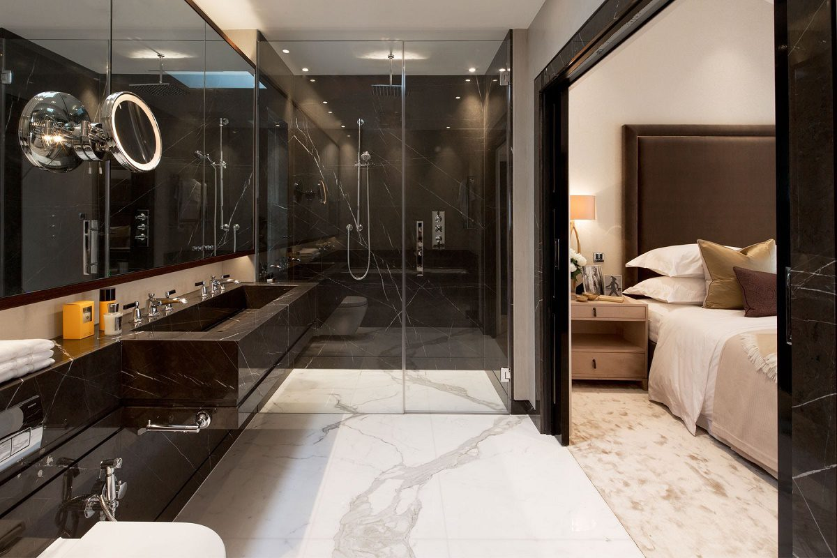 Contemporary mews house master bathroom A