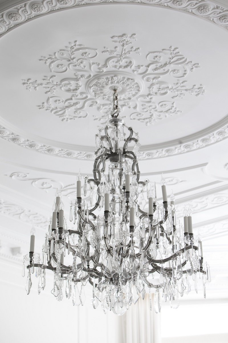 contemporary regency design by 1508 London chandelier