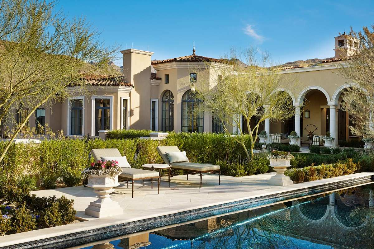 Mediterranean style patio pool