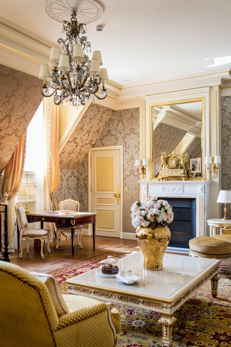 marvelous paris themed living room decor | French Design: Paris Ritz Reopens - Dk Decor