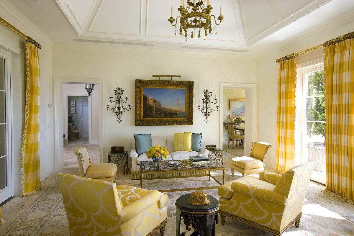 venetian waterfront residence living room B