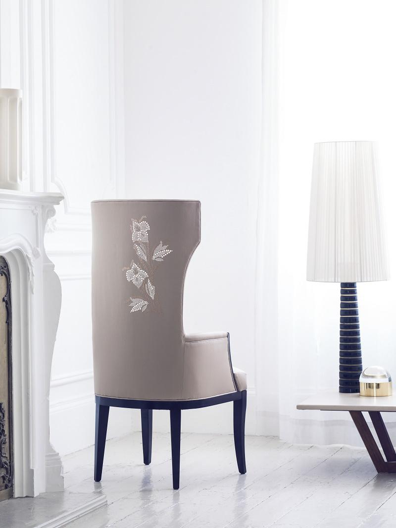 aiveendaly-luxury-upholstery-flourish-chair-promo-pic