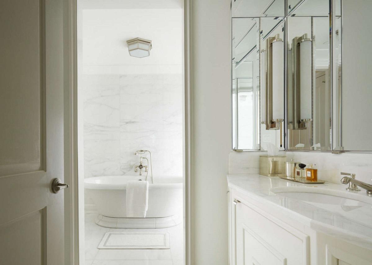Transitional interior design gramercy park dk decor for Park designs bathroom accessories