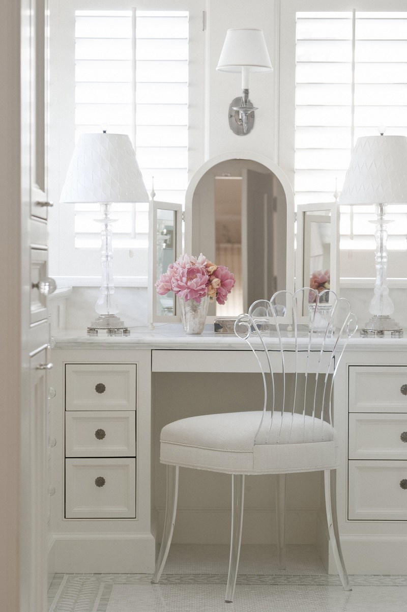 Suzanne Tucker traditional style master bath B